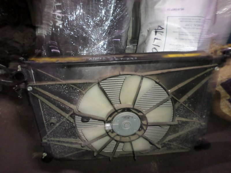 Радиатор основной Toyota Allion ZZT240 2007 (б/у)