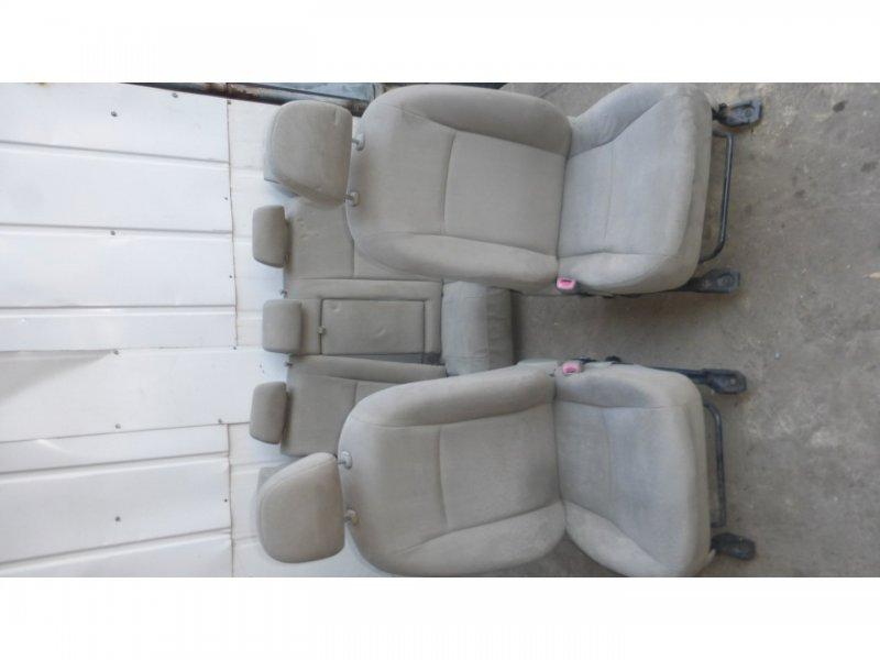 Сидения Toyota Corolla  Axio ZRE142 (б/у)
