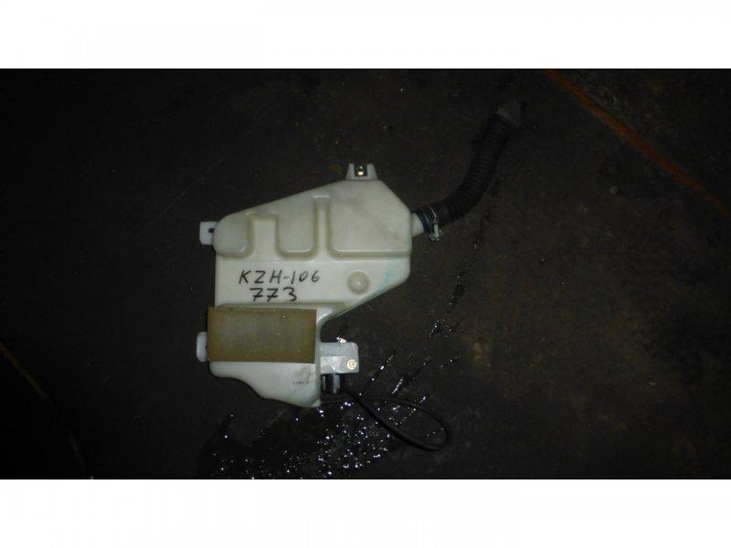 Бачок омывателя  заднего стекла Toyota Hiace KZH106 (б/у)