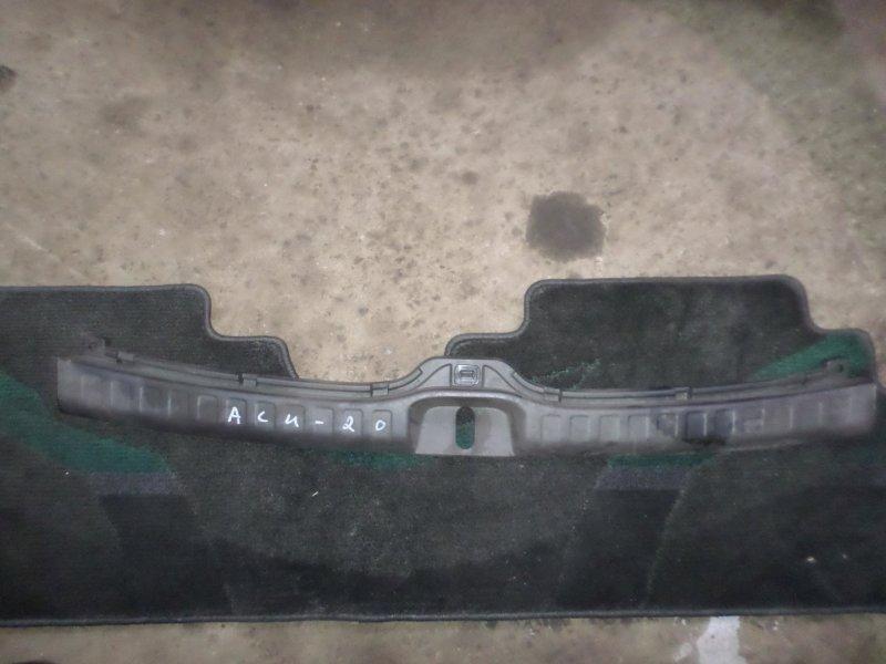 Накладка замка багажника Toyota Kluger ACU20 2AZ 2007 (б/у)
