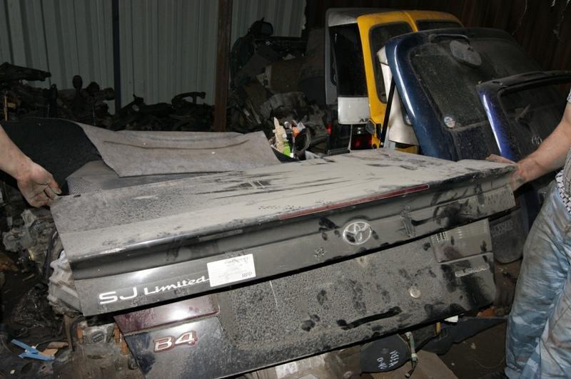 Крышка багажника Toyota Levin AE101 4A-FE (б/у)