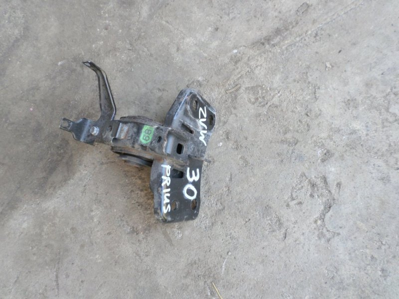Подушка двигателя Toyota Prius ZVW30 2013 (б/у)