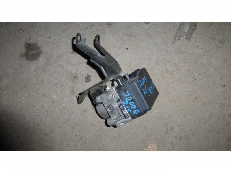 Блок abs Toyota Rush J210E (б/у)