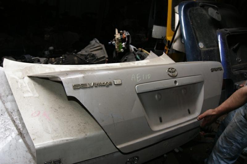 Крышка багажника Toyota Sprinter AE110 5AFE (б/у)
