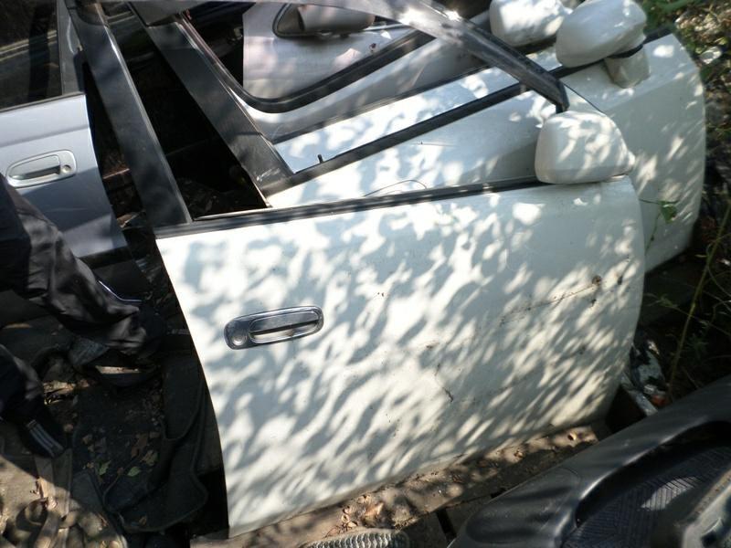 Дверь Toyota Gaia SXM10 передняя правая (б/у)