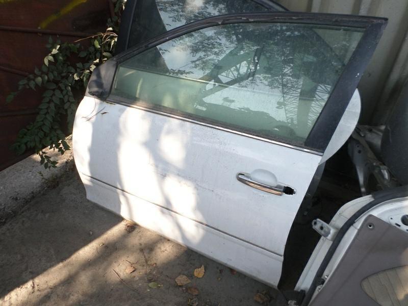 Дверь Toyota Premio ZZT240 передняя левая (б/у)