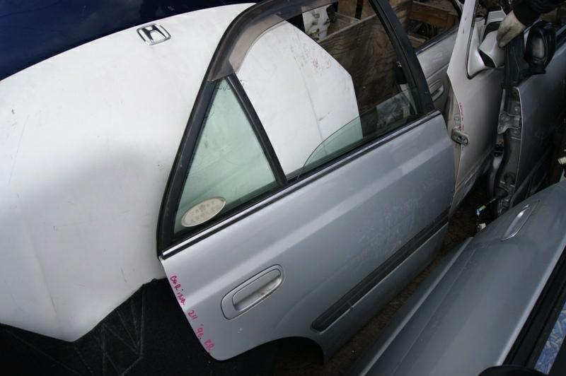 Дверь Toyota Carina AT211 7A-FE задняя правая (б/у)