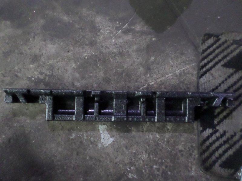 Пенопласт в бампер Toyota Allion ZZT240 2007 задний (б/у)