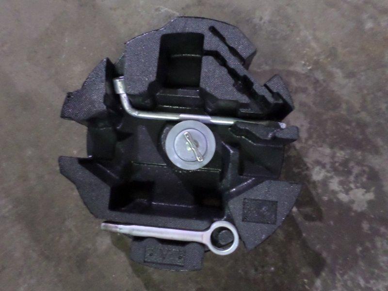 Ящик под инструменты Subaru Legacy B4 BM9 EJ253 2010 (б/у)