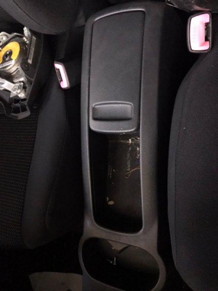 Бардачок между сиденьями Toyota Rush J210E 3SZ (б/у)