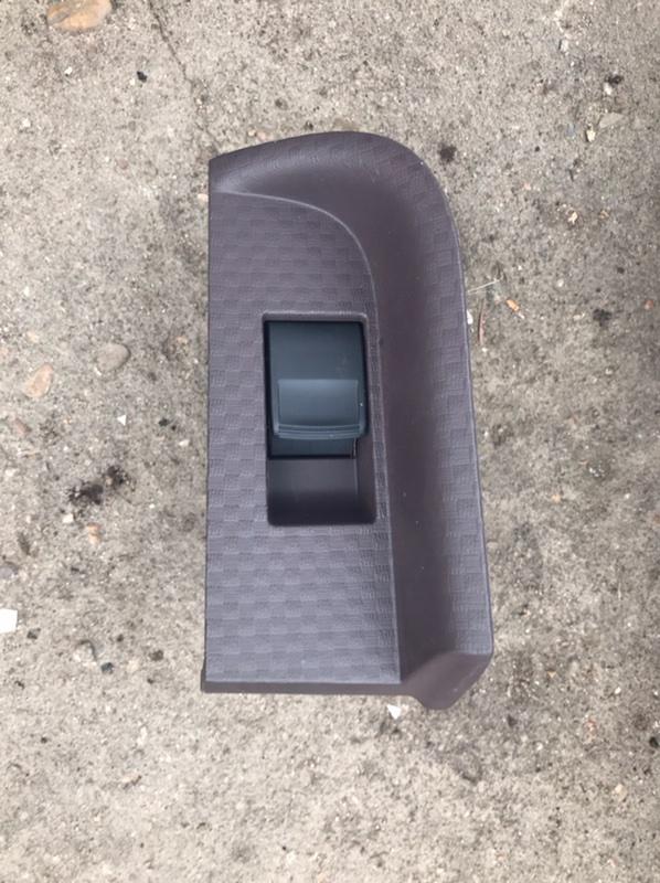 Пульт стеклоподъемника Toyota Porte NCP141 1NZ 2001 левый (б/у)
