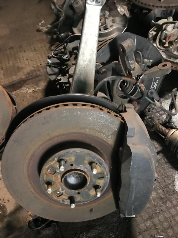 Ступица Toyota Crown GWS204 2GR 2012 передняя (б/у)