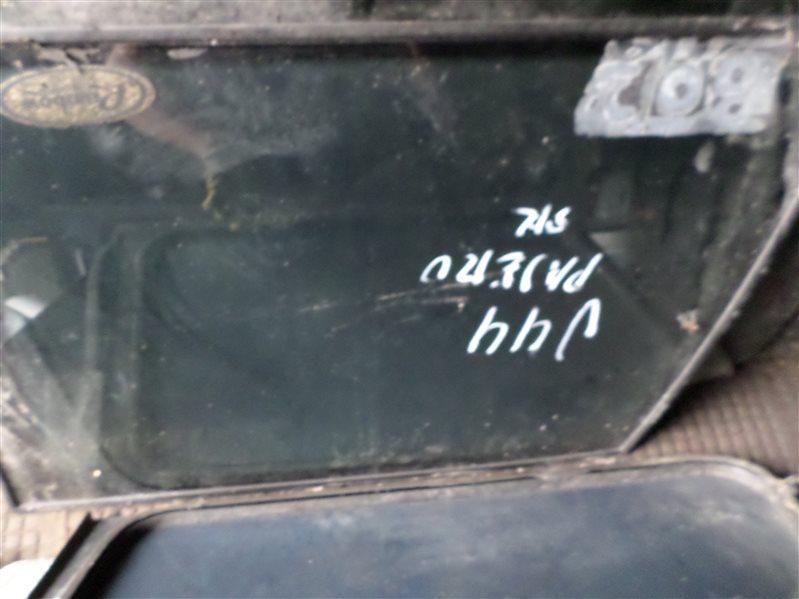 Стекло собачника Mitsubishi Pajero V44 левое (б/у)