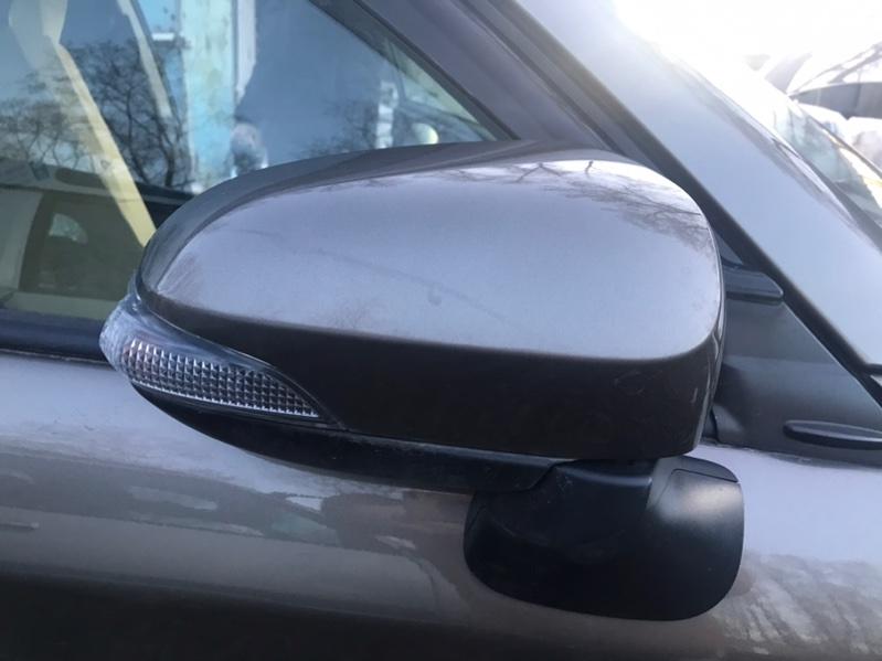 Уши Toyota Corolla Fielder NZE164 1NZ правые (б/у)