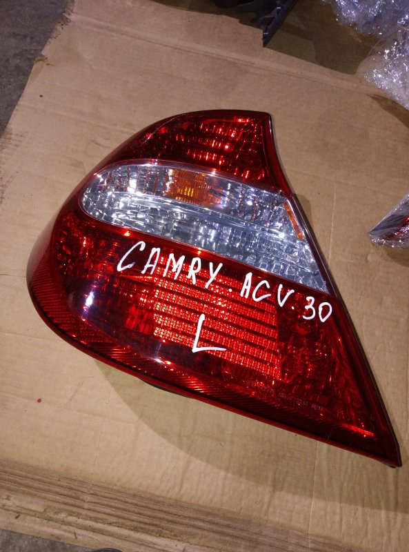 Стоп-сигнал Toyota Camry ACV30 2AZ левый (б/у)