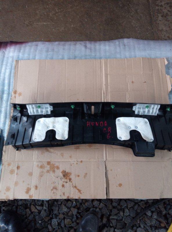 Накладка замка багажника Honda Accord CR6 LFA-M (б/у)