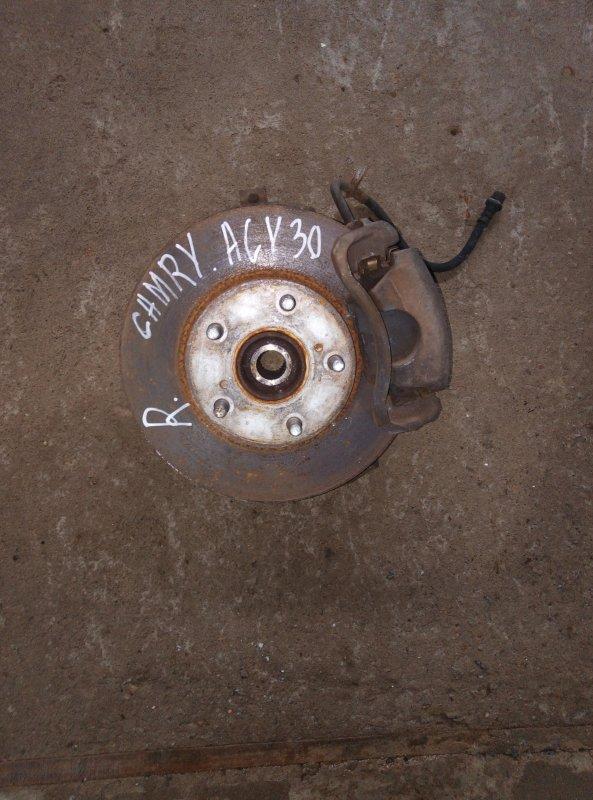 Ступица Toyota Camry ACV30 2AZ передняя правая (б/у)