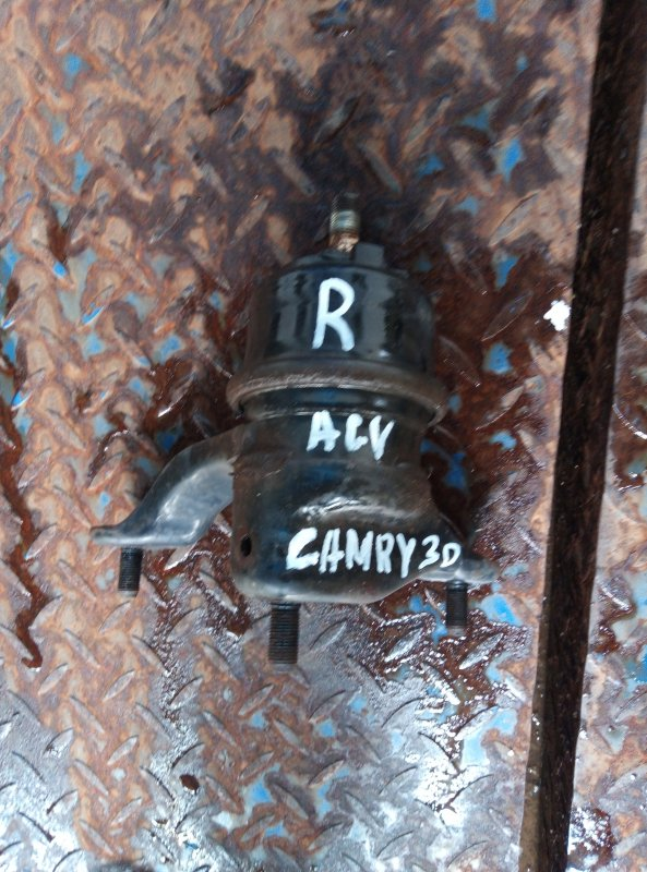 Подушка двс Toyota Camry ACV30 2AZ правая (б/у)