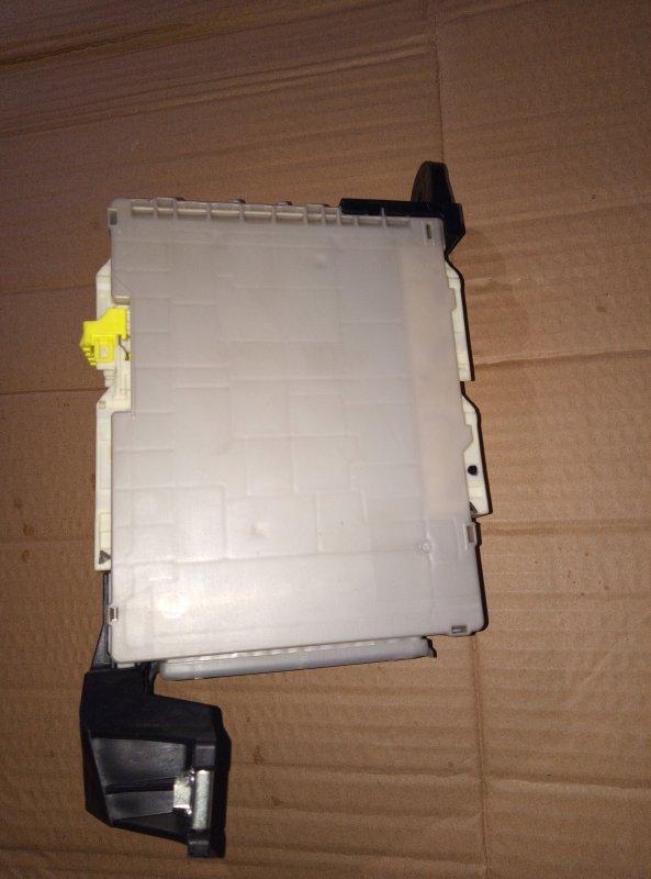 Блок предохранителей Lexus Hs250H ANF10 2AZ-FXE 2011 (б/у)