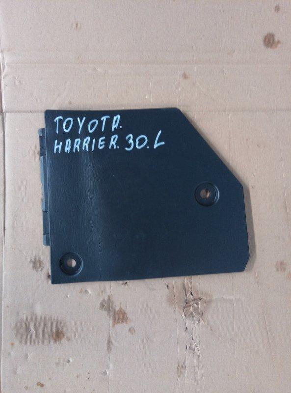 Пластик торпедо Toyota Harrier MCU30 1MZ 2005 левый нижний (б/у)