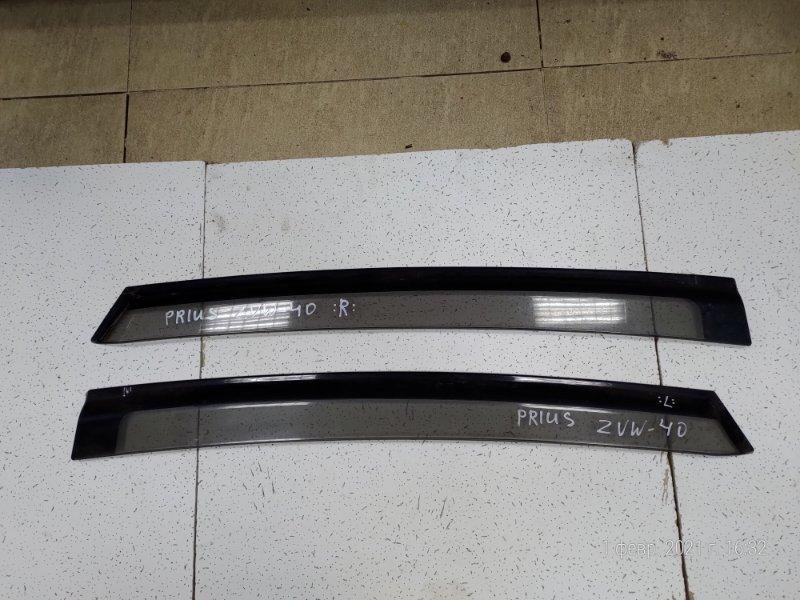 Ветровик Toyota Prius ZVW40 задний левый (б/у)