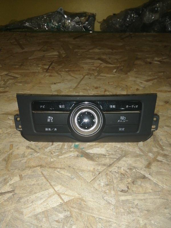 Консоль магнитофона Honda Accord CR6 1NZ 2011 (б/у)