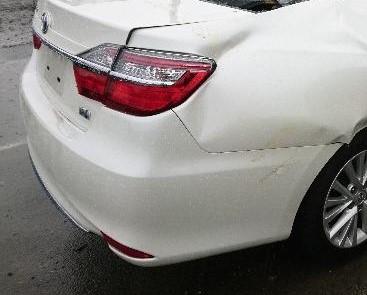 Бампер Toyota Camry AVV50 2AR-2JM 2016 задний (б/у)
