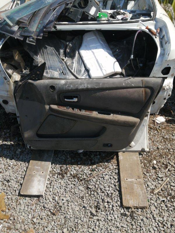 Дверь Nissan Laurel GC35 передняя правая (б/у)