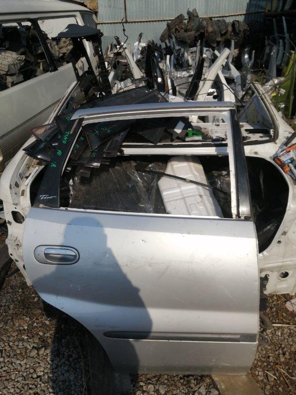 Дверь Nissan Tino V10 задняя правая (б/у)