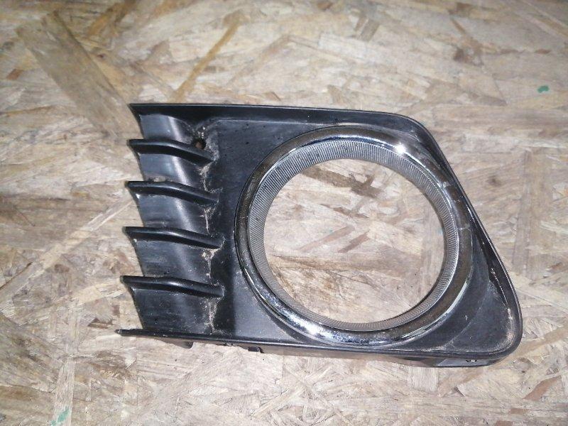 Ободок туманки Toyota Prius Alpha ZVW41 2ZR правый (б/у)