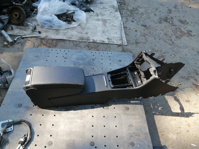 Бардачок между сиденьями Volkswagen Passat 3CZE B7 CAX 2014 (б/у)