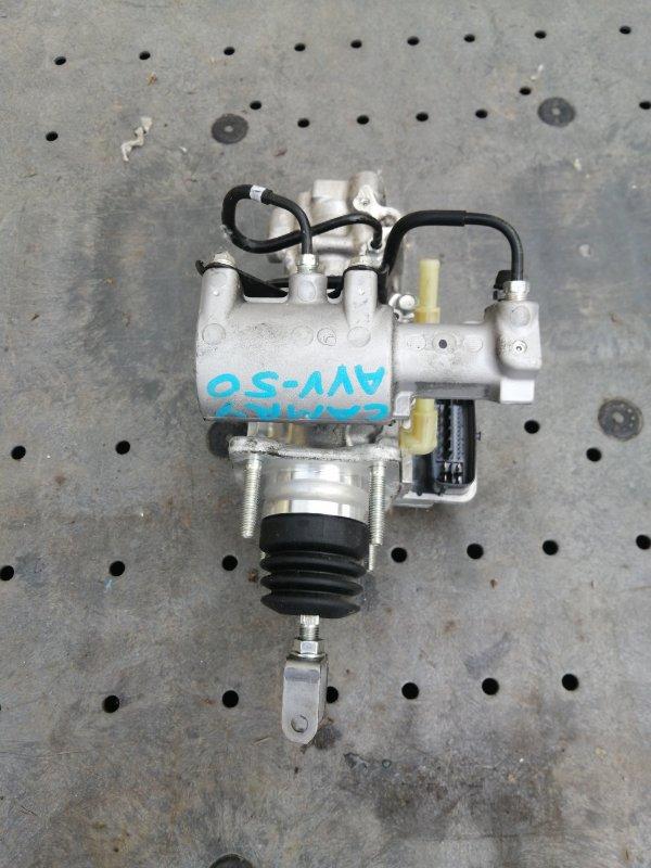 Главный тормозной цилиндр Toyota Camry AVV50 2AR-2JM 2016 (б/у)
