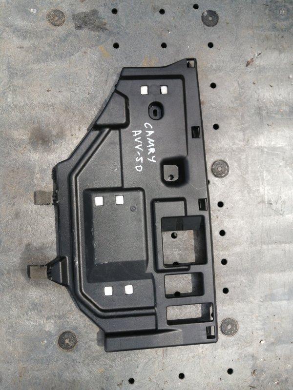 Пластик салона Toyota Camry AVV50 2AR-2JM 2016 нижний (б/у)