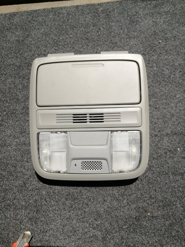 Лампа внутрисалонная Honda Accord CR6 LFA-MF8 2013 (б/у)