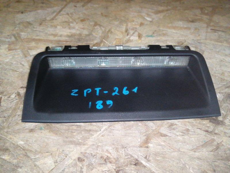 Стоп-сигнал в салоне Toyota Allion ZRT261 (б/у)
