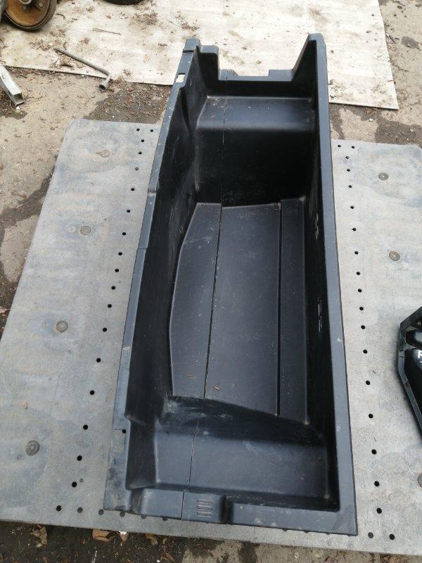 Ящик в багажник Toyota Prius Alpha ZVW41 (б/у)
