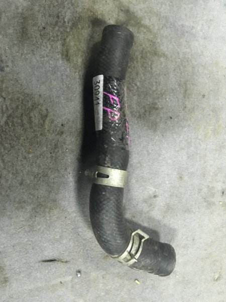 Патрубок радиатора Mazda Premacy CP8W FPDE верхний