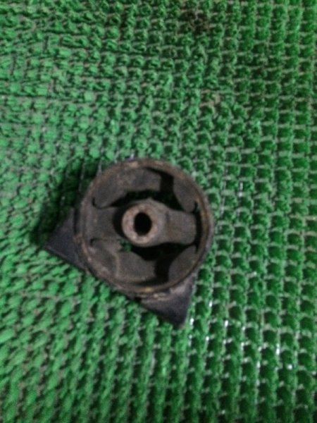 Подушка двигателя Toyota Vista SV22 задняя