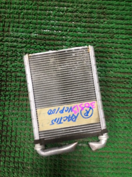 Радиатор печки Toyota Ractis NCP100