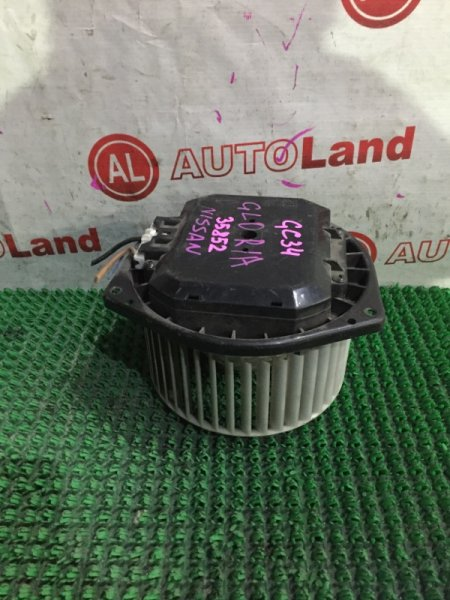 Мотор печки Nissan Gloria GC34