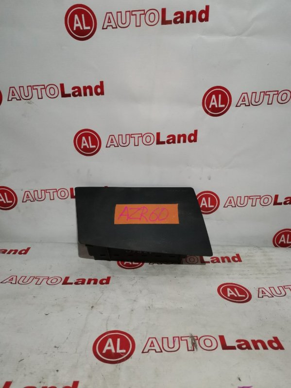 Крышка airbag Toyota Noah AZR60 передняя левая
