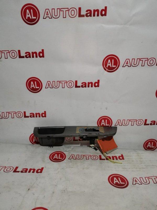 Блок управления стеклоподьемника Nissan Tiida C11 передний левый