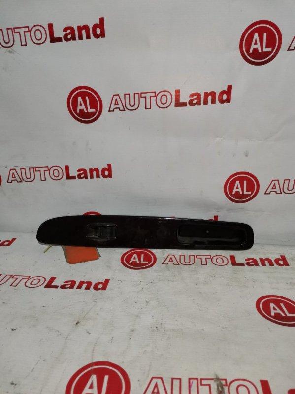 Блок управления стеклоподьемника Toyota Grand Hiace VCH16 передний левый