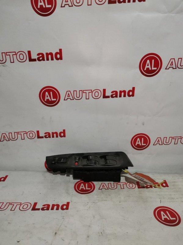 Блок управления стеклоподьемника Honda Torneo CF3 передний правый