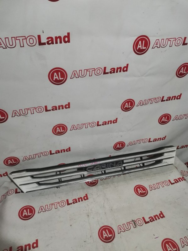 Решетка радиатора Toyota Carina AT211