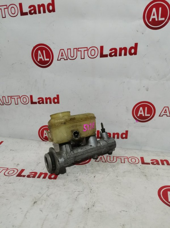 Главный тормозной цилиндр Toyota Corolla AE100 5A-FE