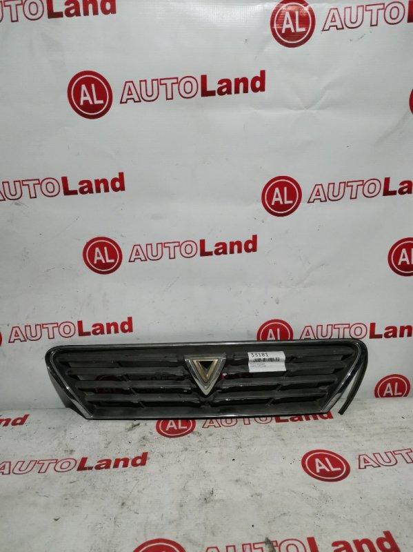 Решетка радиатора Toyota Vista SV40