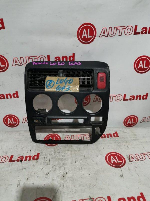 Консоль магнитофона Honda Logo GA3