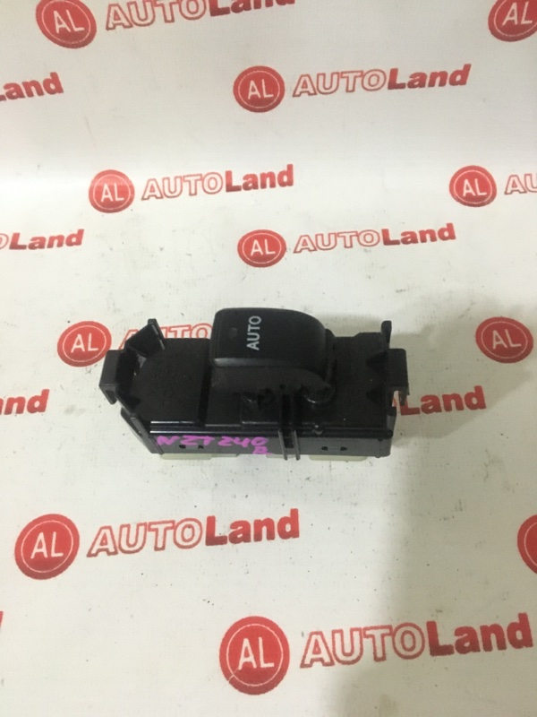 Блок управления стеклоподьемника Toyota Opa ZCT10 задний правый