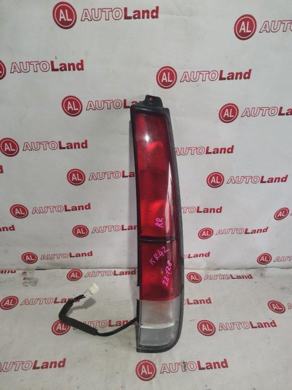 Стоп-сигнал Toyota Lite Ace KR42 задний правый